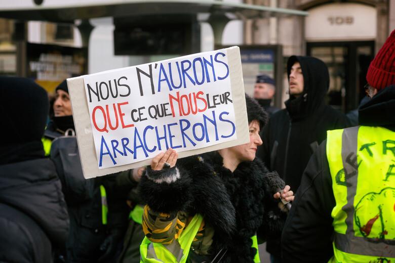 Frankreich: Ein Plan zur Wiederbelebung der Wirtschaft– Seine Profiteure unmaskiert